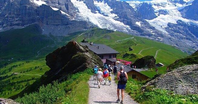 Dünya'nın En Güzel Yürüyüş Rotaları