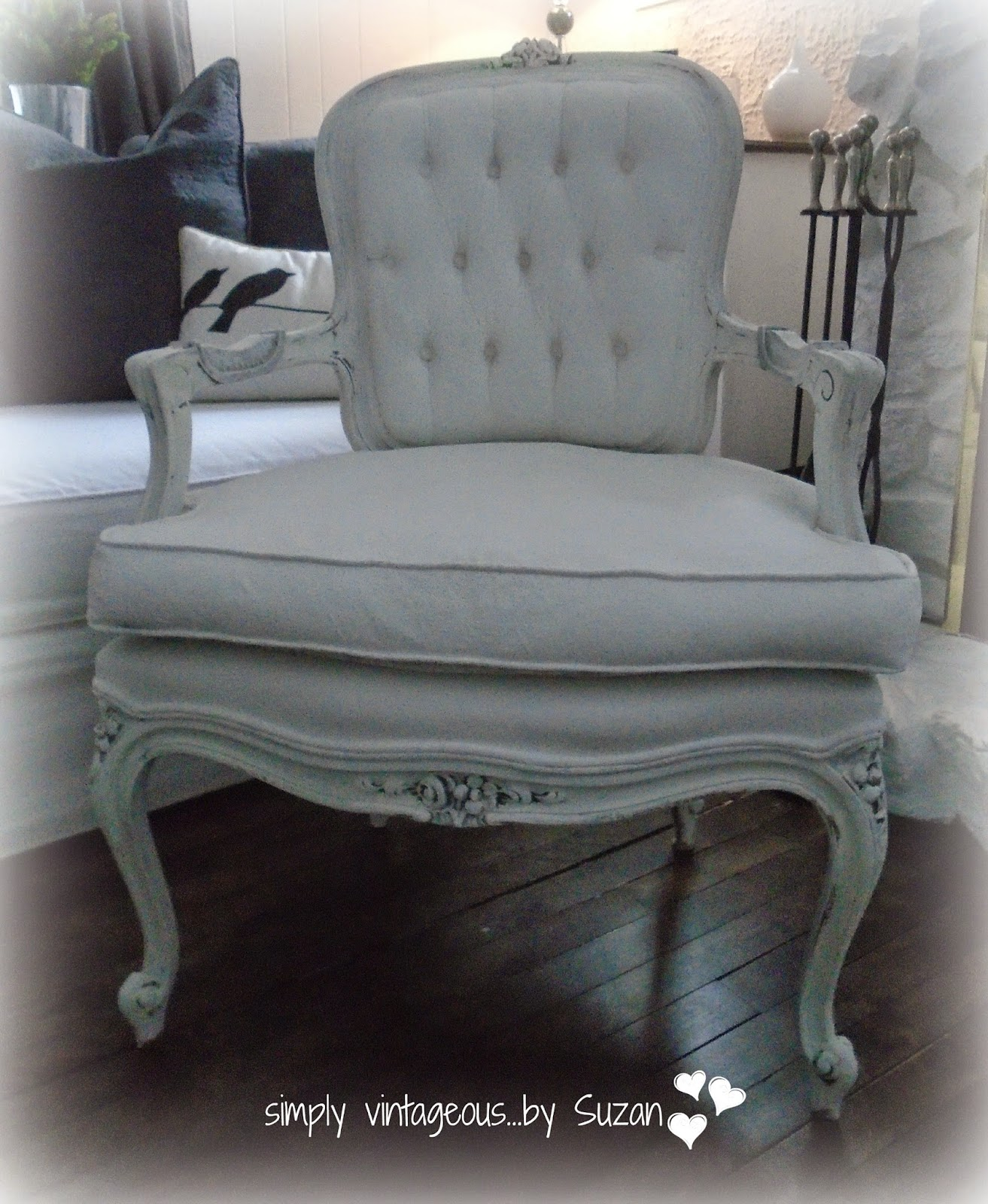 Annie Sloan Chalk Paint - Painting Fabric