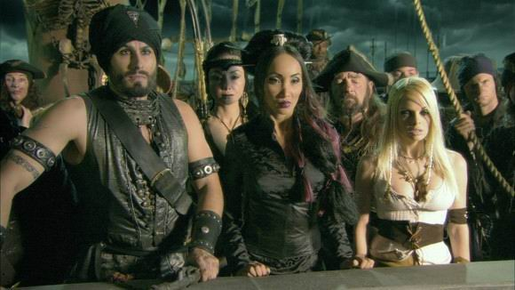 Pirates Ii Stagnettis Revenge Full Movie 2008 Play Now Bit Ly 1n5md5j Pirate Hunter Captain Edward Reynolds And His Blond First Mate Jules