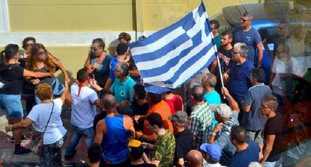 Ομολογία από το Αθηναϊκό Πρακτορείο Ειδήσεων: Γράψαμε ψέματα! Δεν ήταν μέλη της Χρυσής Αυγής αυτοί που επιτέθηκαν σε γυναίκες στην Λέσβο