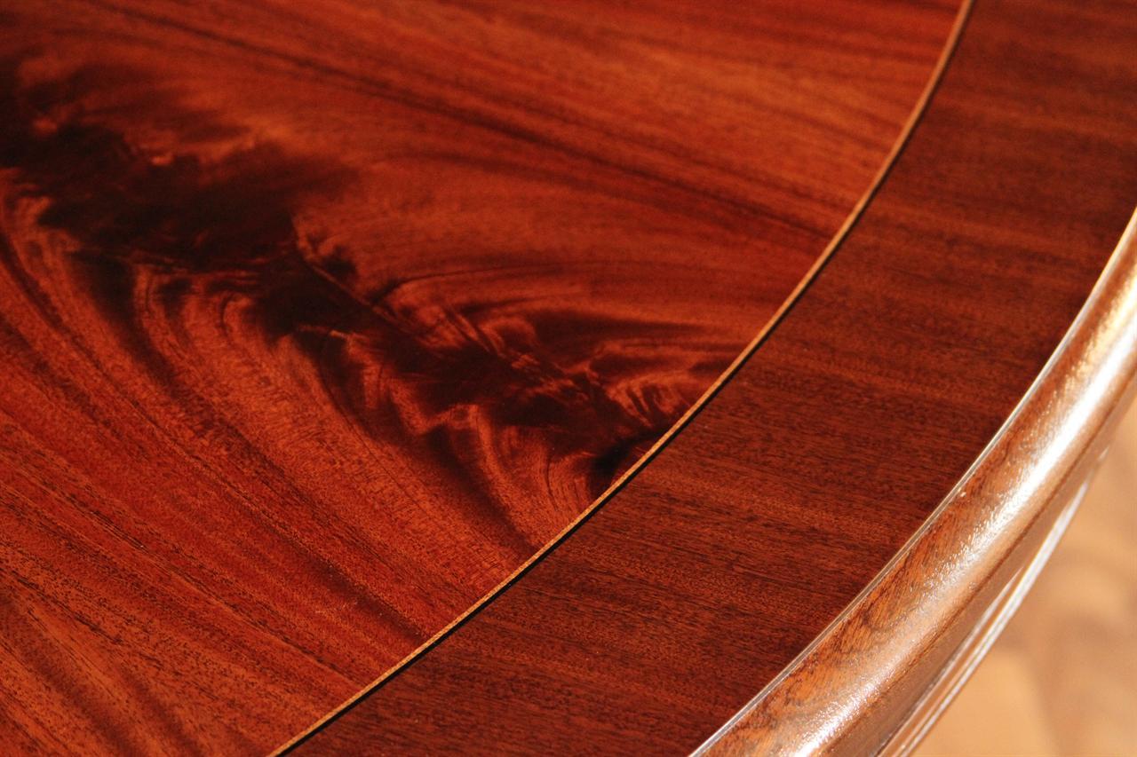 meja makan antik ukiran kayu mahoni detail 1