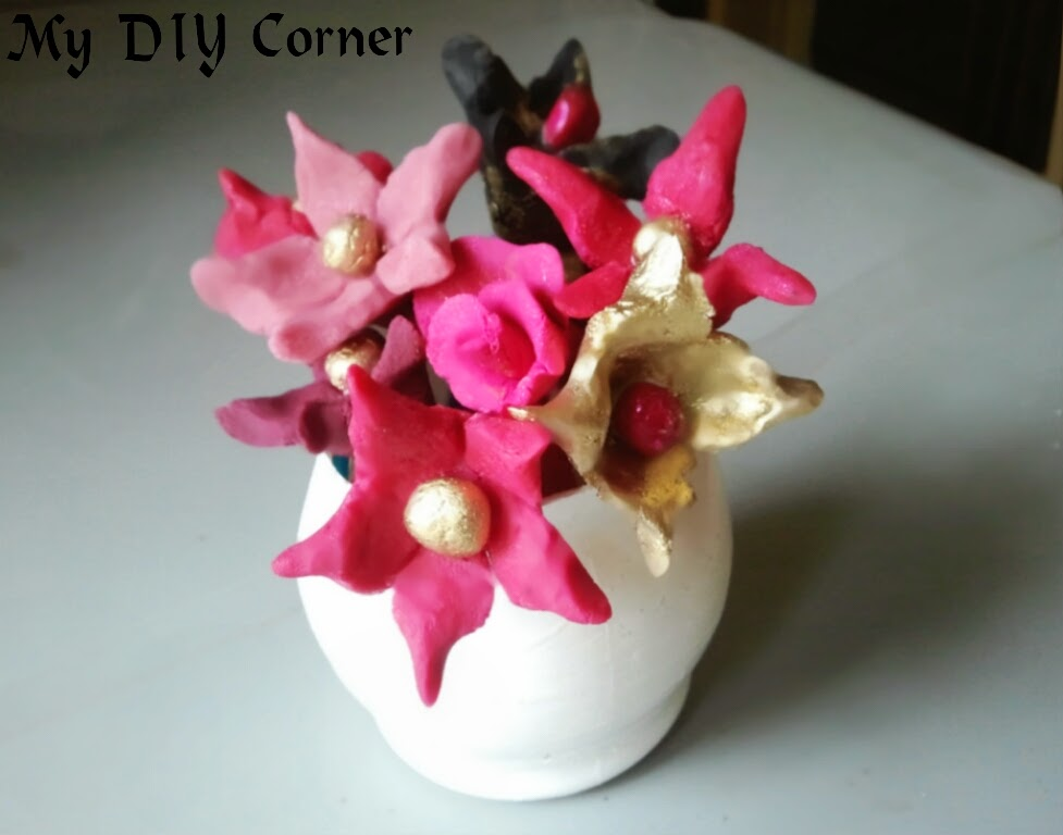 http://www.mydiycorner.in/cold-porcelain-flowers/
