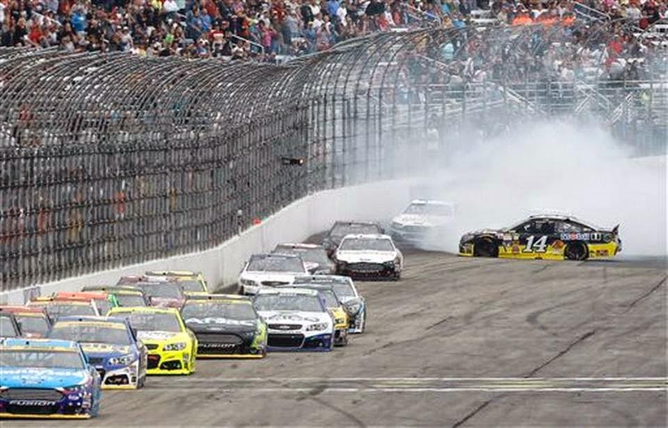 Idolos de Chevrolet: NASCAR: Festejo de Logano en New Hampshire