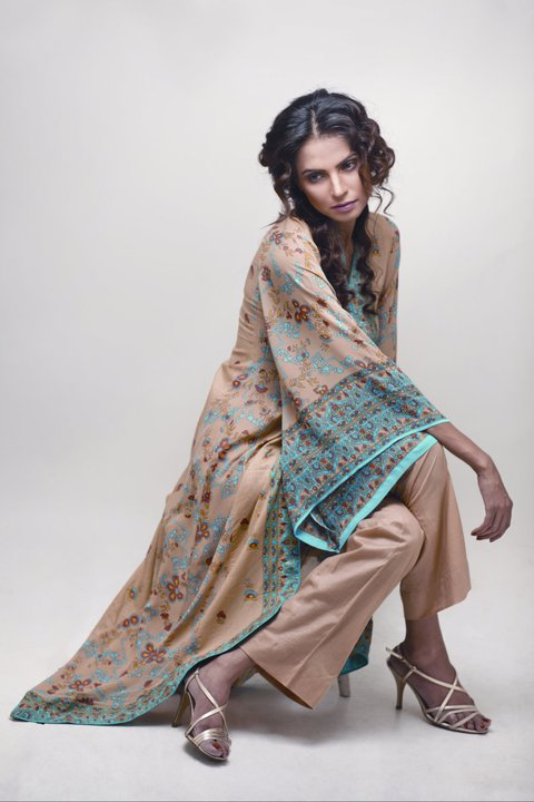 Nida Yasir Dresses http://fresh-fun.blogspot.com/2011/05/star-textile-launches-its-2011-summer.html