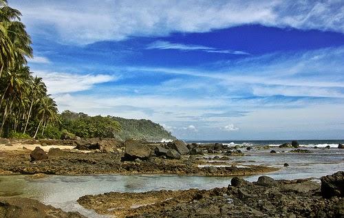 pantai Tembakak