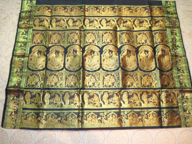 Baluchari Saree depicting courtship of Radha Krishna