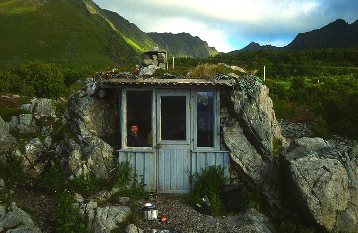 Relaxshackscom Tiny Underground House in Norway and a micro