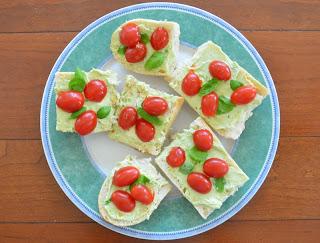 Easy Avocado Cream Cheese spread