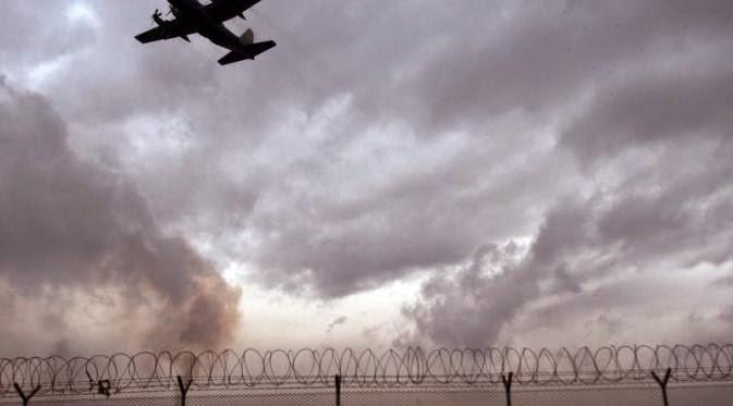 Pesawat Militer AS Dipaksa Mendarat di Iran