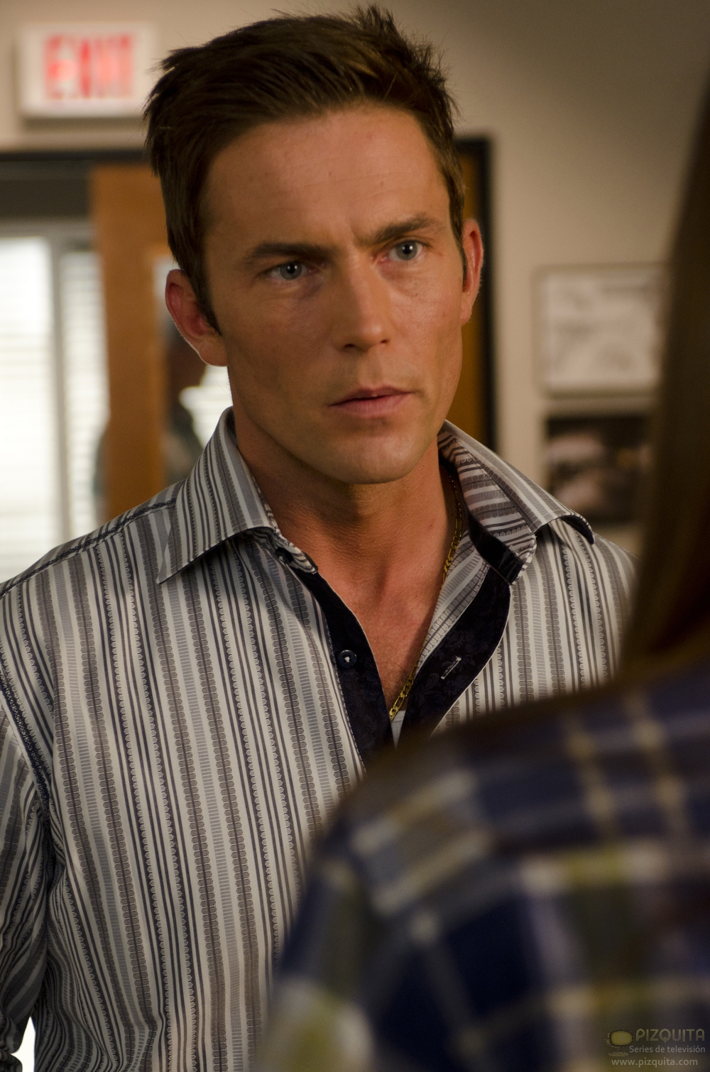 desmond harrington height