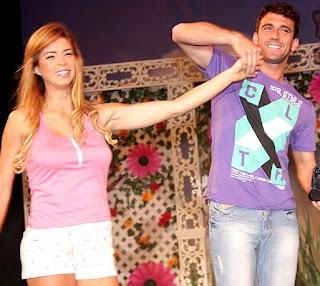 Antonio Pavón y Sheyla Rojas en Plaza Lima Sur