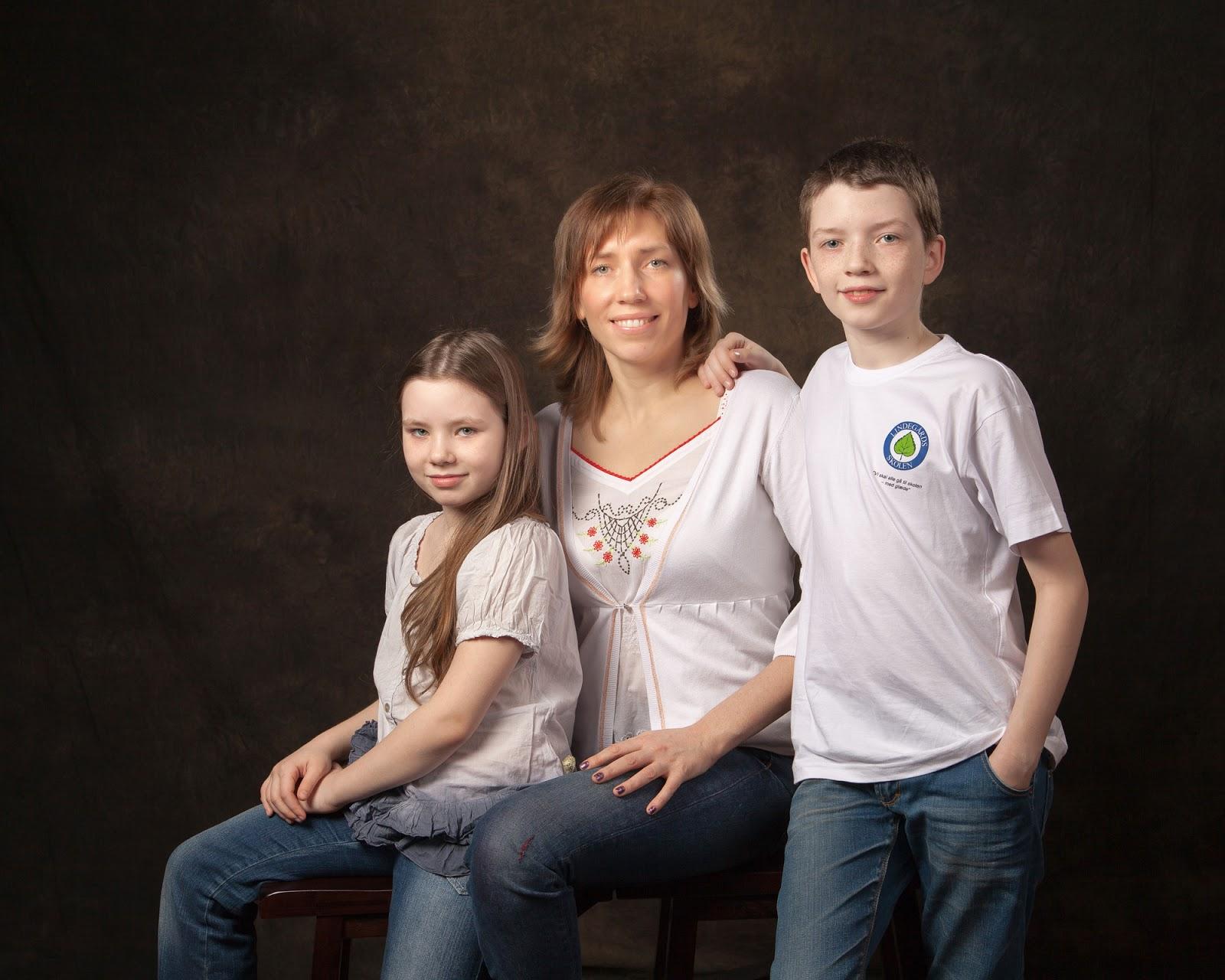 Family Graduation Studio Portrait Price List Family portrait photography price list