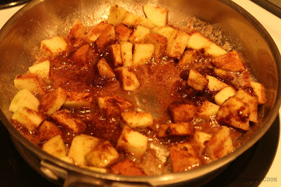 skillet, stove top, apples, cooking, making soft, spices, cinnamon, nutmeg, brown sugar
