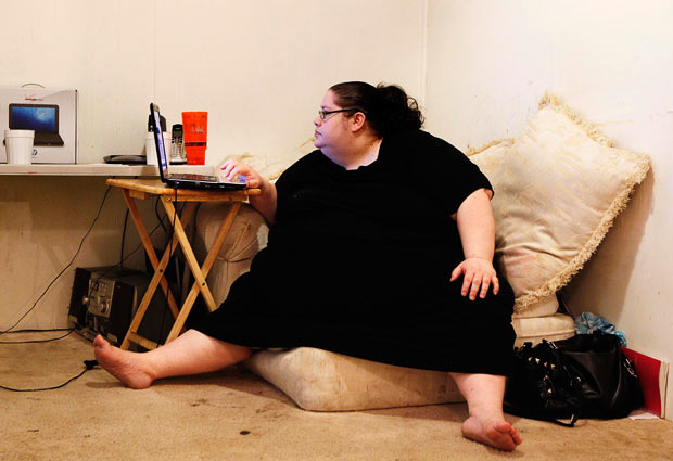 fat-woman-internet_1654487i.jpg