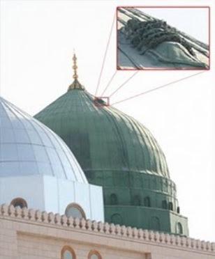 Misteri Jenazah Di Atas Kubah Masjid Nabawi