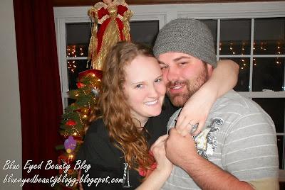 http://blueeyedbeautyblogg.blogspot.com/2012/12/im-engaged.html