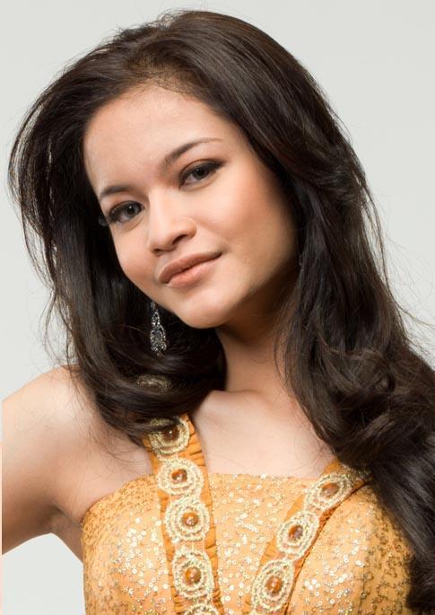 Ines Putri Tjiptadi Chandra Instagram Bali Ines Putri Tjiptadi