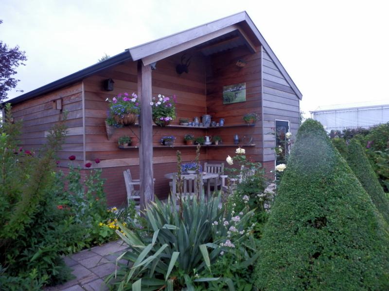 Het bloeiende buitenleven het tuinontwerp deel ii design part ii - Terras beschut ...