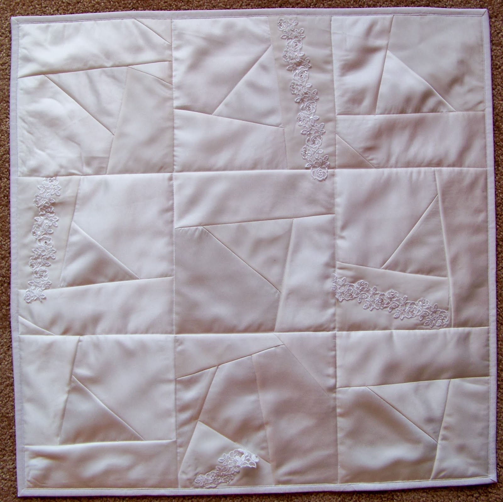 Wedding Dress Upcycled Into Quilt Debbie Lange Quilting