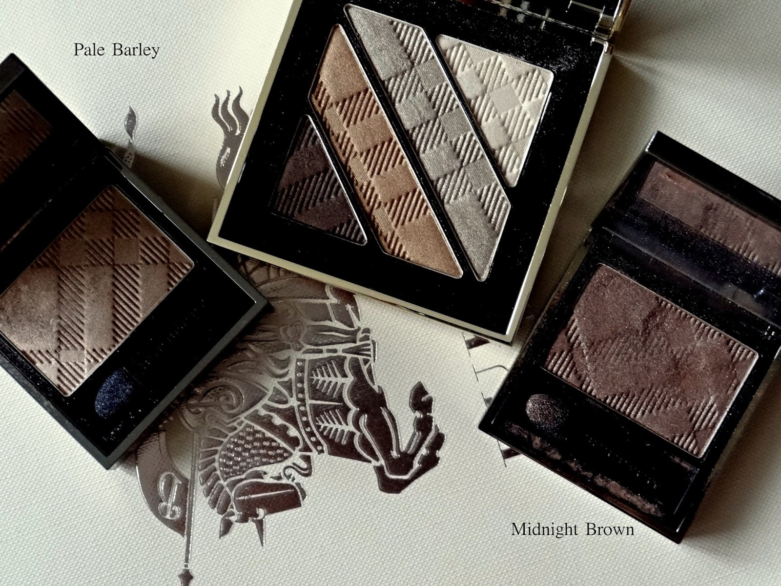 Burberry Beauty Complete Eye Palette in Gold No.25 Swatches Comparison to pale barley and mignight brown