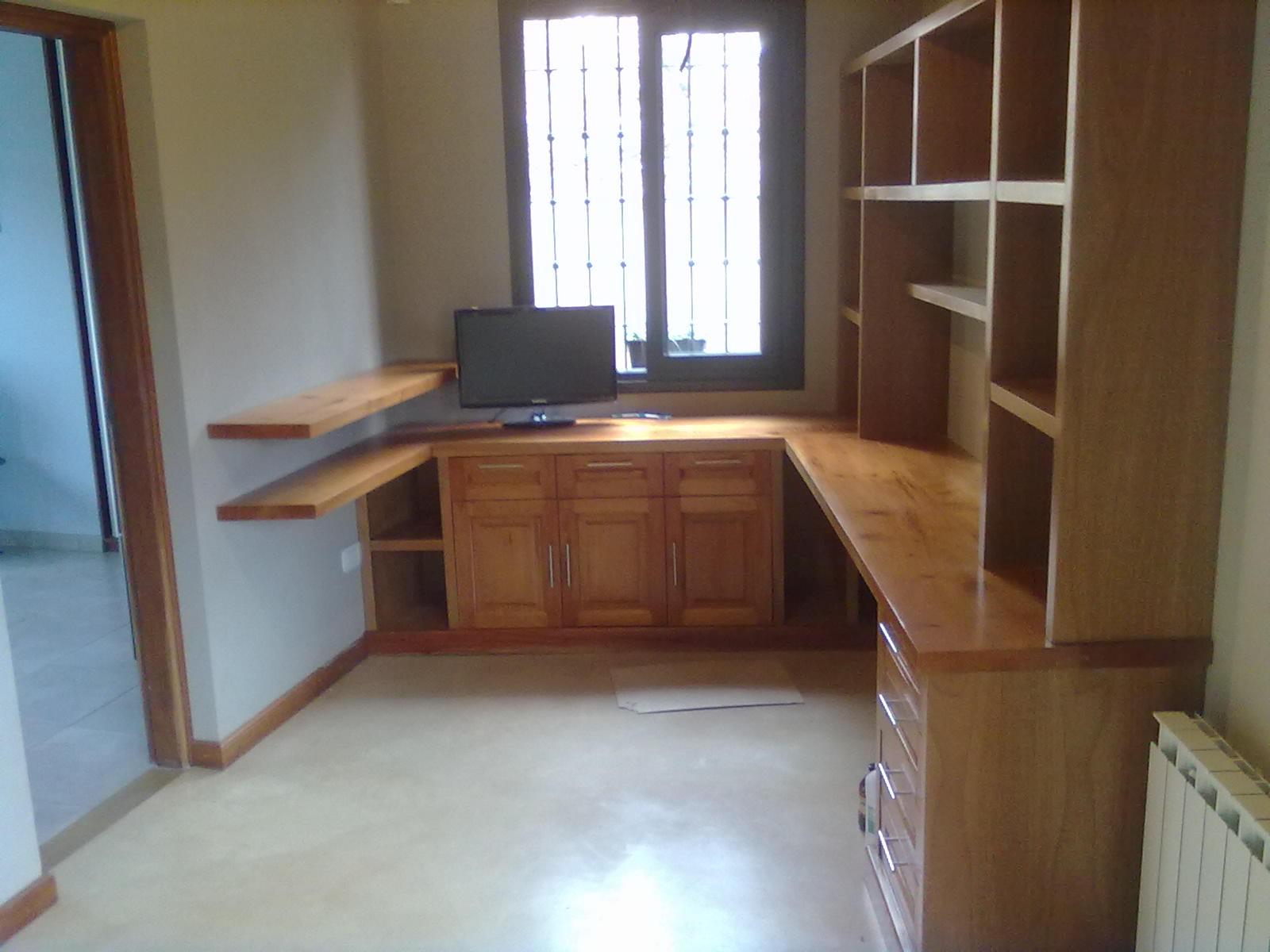 Benjamin muebles esquineros for Sillones de cocina