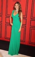 Sofia Vergara posing on the red carpet
