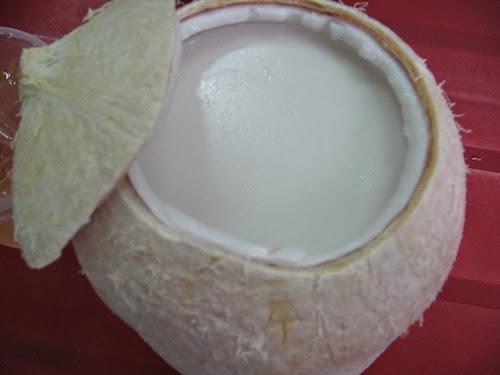 Cách làm rau câu thạch dừa ngon và mát ở nhà