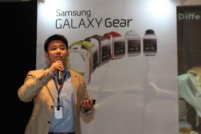 Samsung Rilis Galaxy Note 10.1 Edisi 2014 Sekaligus Perkenalkan Galaxy Gear di Indonesia