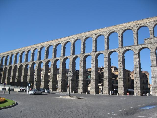 Por Espanha... Segóvia e Ávila
