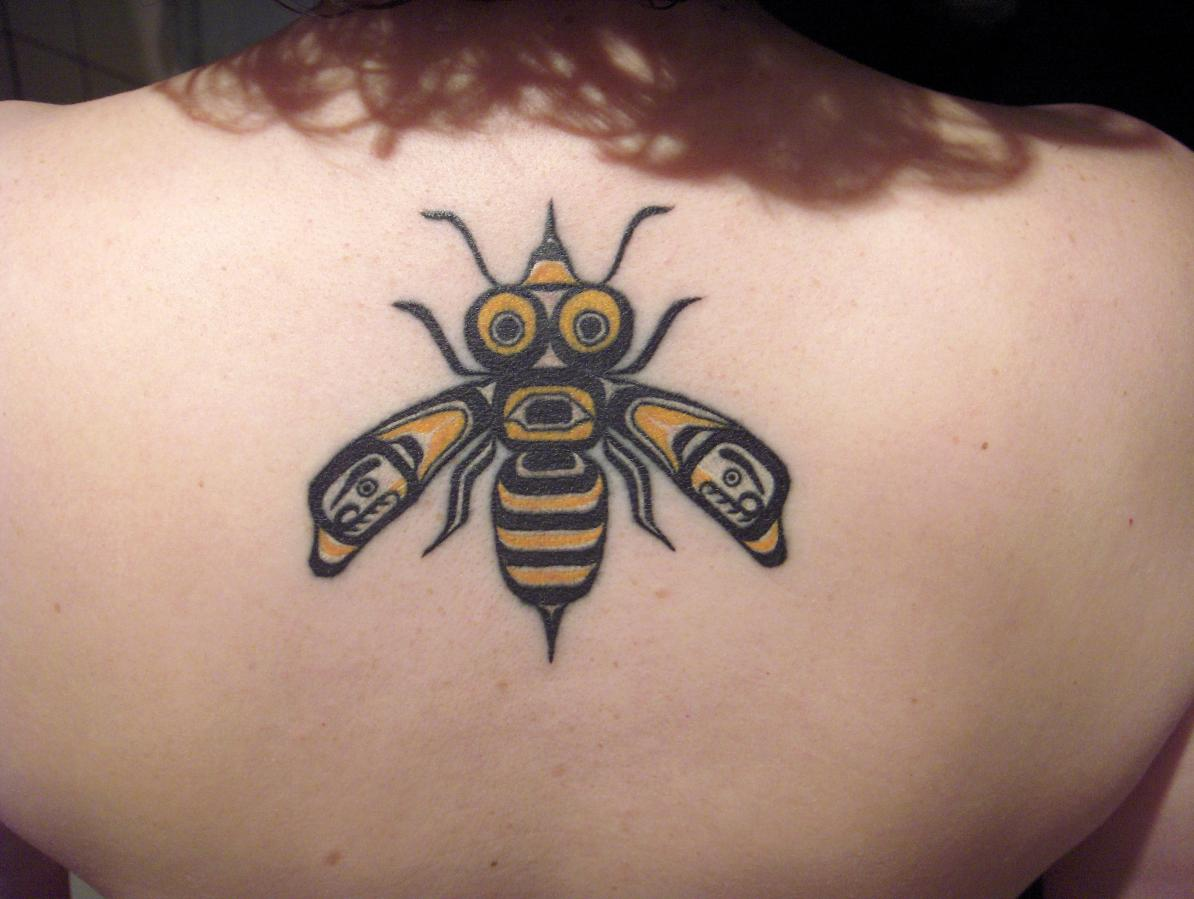 Bee Tattoo Images Bee Tattoo Pics Bee Tattoos Bee Tattoos For Men With