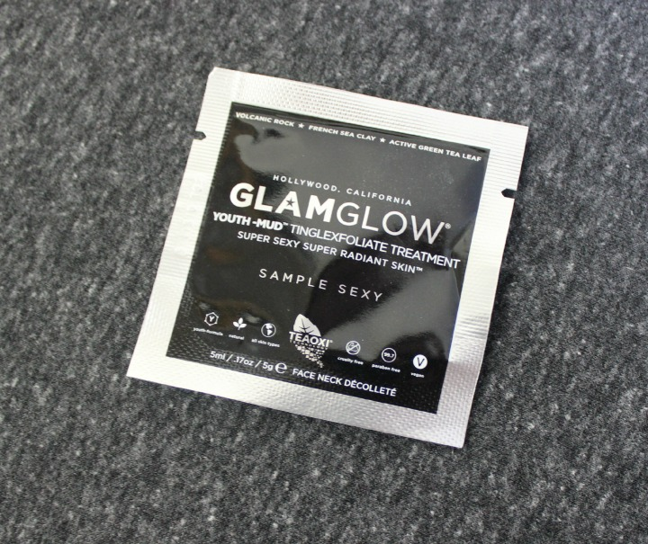 GlamGlow Youthmud Tingleexfoliate Treatment sample packet