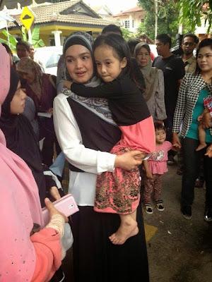 Video Tersentuh Hati Tengok Adik Amira Peluk Erat Dato Siti Nurhaliza