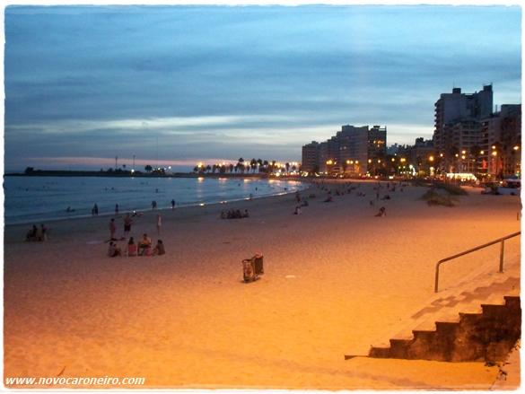 Rambla de Pocitos, Montevidéu, por novocaroneiro.com