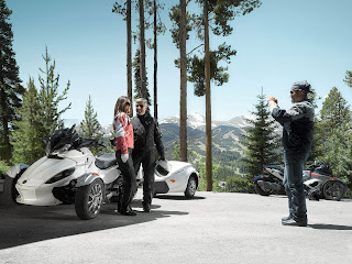 2013 Can-Am Spyder ST Limited Motorcycle Photos 3