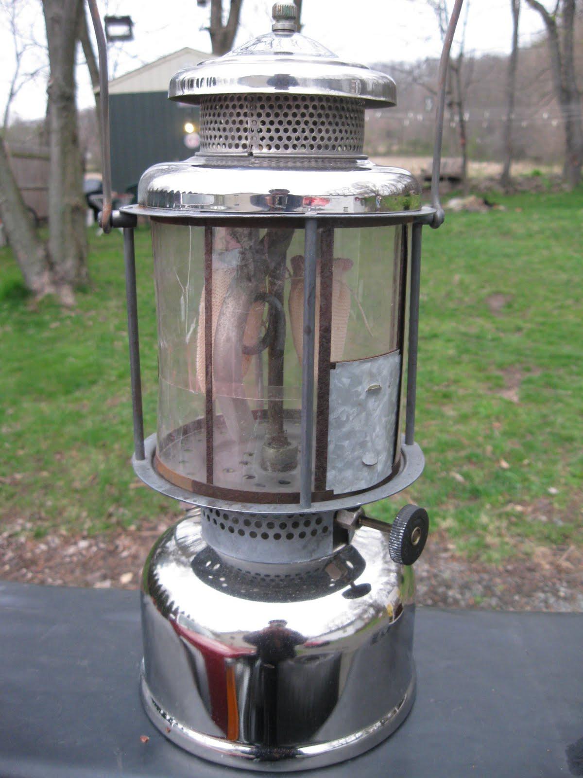 vintage coleman light