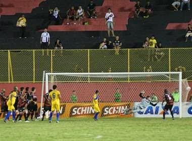 Veja os gols de Vitória 0 X 2 Colo Colo