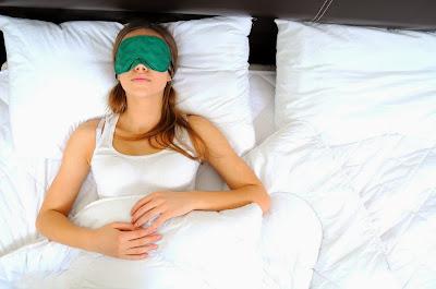 Tidur Dengan Lampu Menyala Bisa Bikin Kamu Tambah Gemuk loh! Masak Sih!!