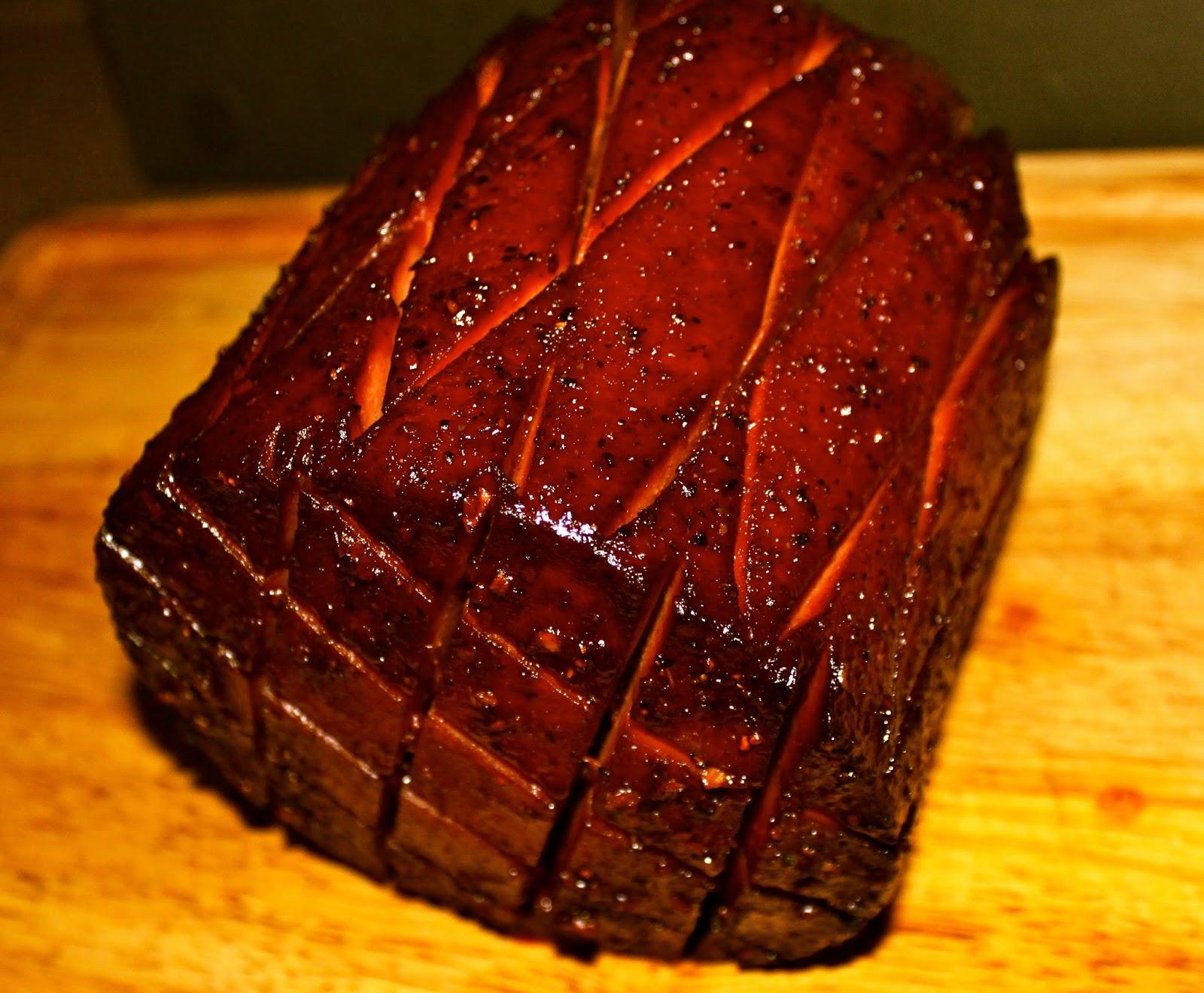 MMMGOBLUBBQ: Smoked Bologna w/ Wing Sauce