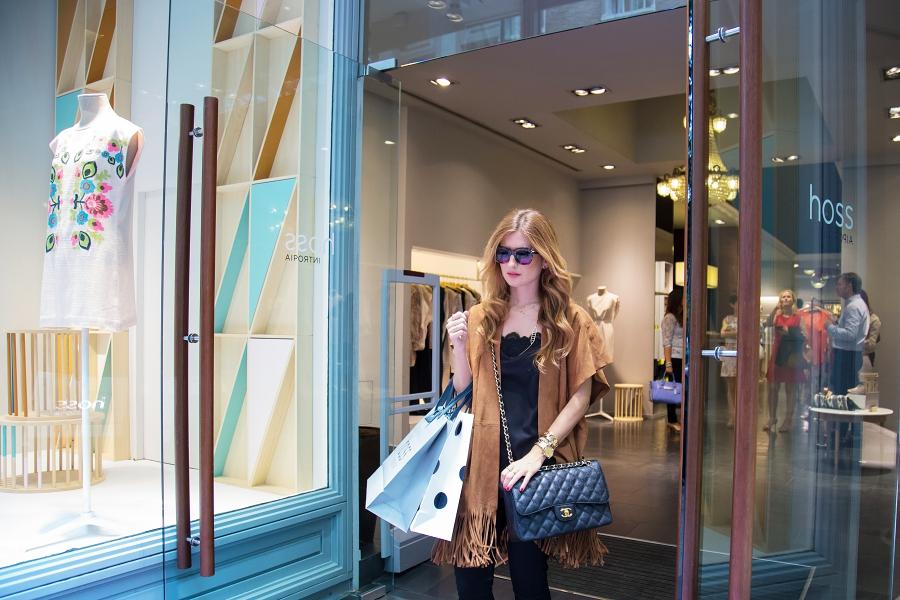 Shopping. Personal Shopper A trendy life