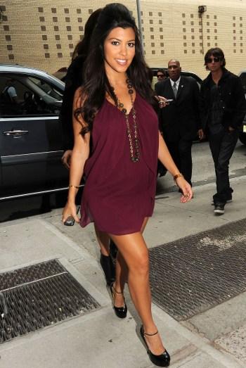 Fashion In My Veins Kourtney Kardashian 39 S Pregnancy Style
