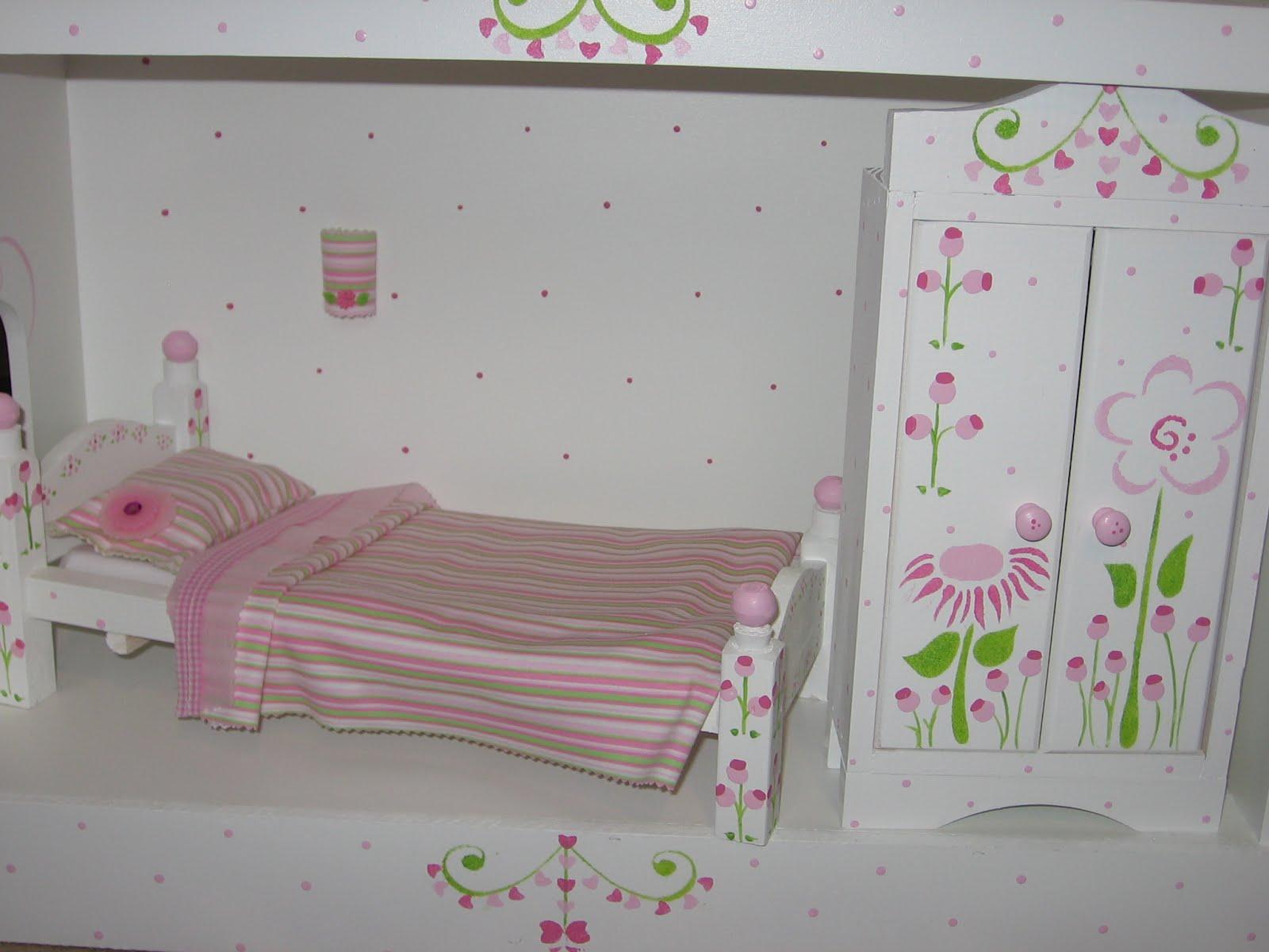 Con el amor de carlota muebles para casa de mu ecas barbie for Muebles para barbie