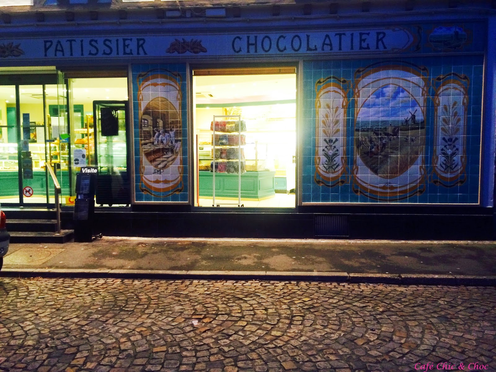 Cafe Chic & Choc Spacer po Lille francuskie miasta