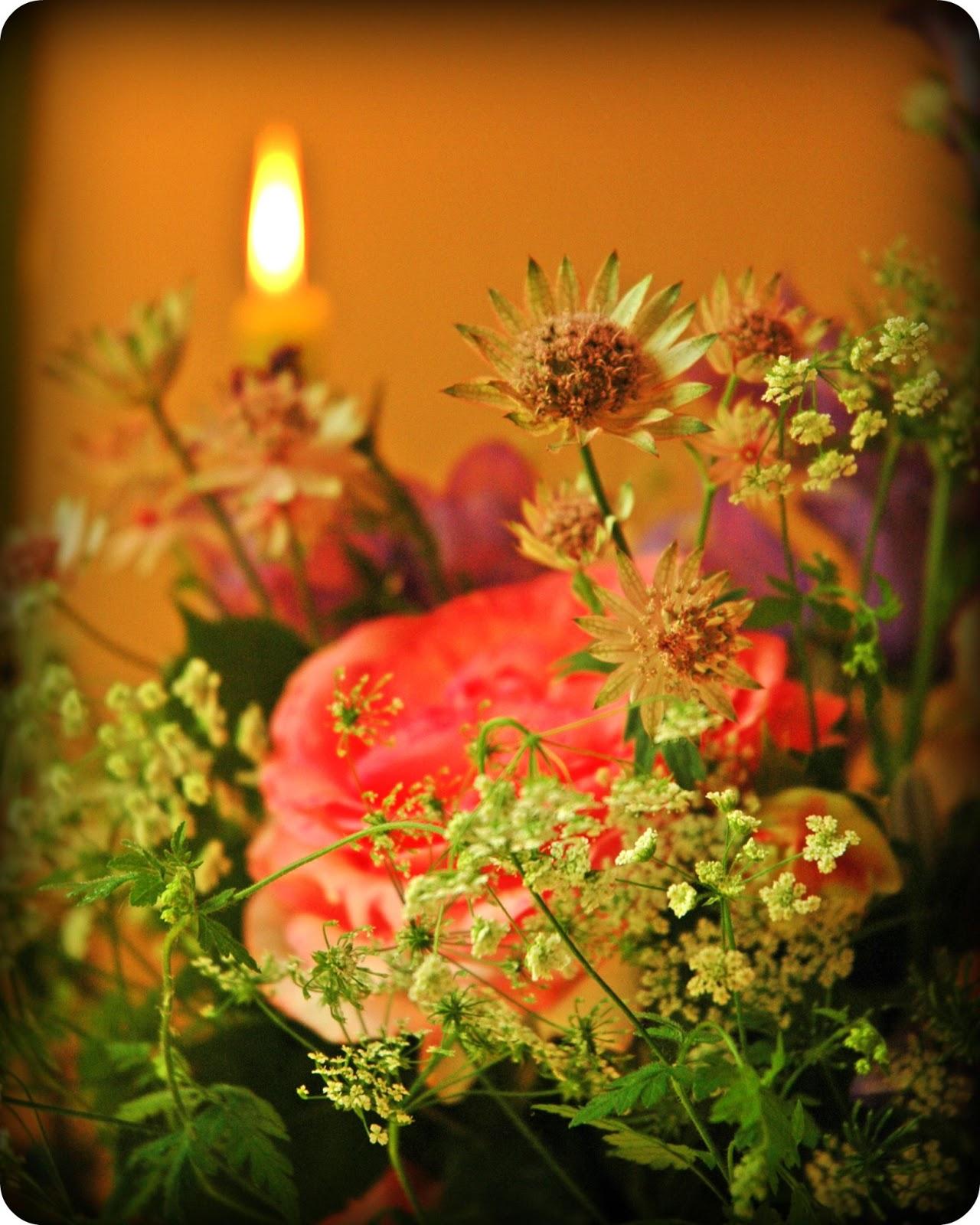 le plus joli bouquet de fleurs. Black Bedroom Furniture Sets. Home Design Ideas
