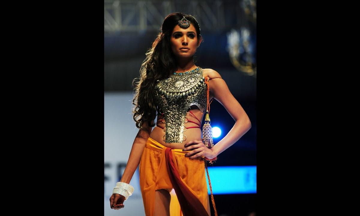Haq 39 S Musings Fashion Pakistan Week 2014 In Karachi