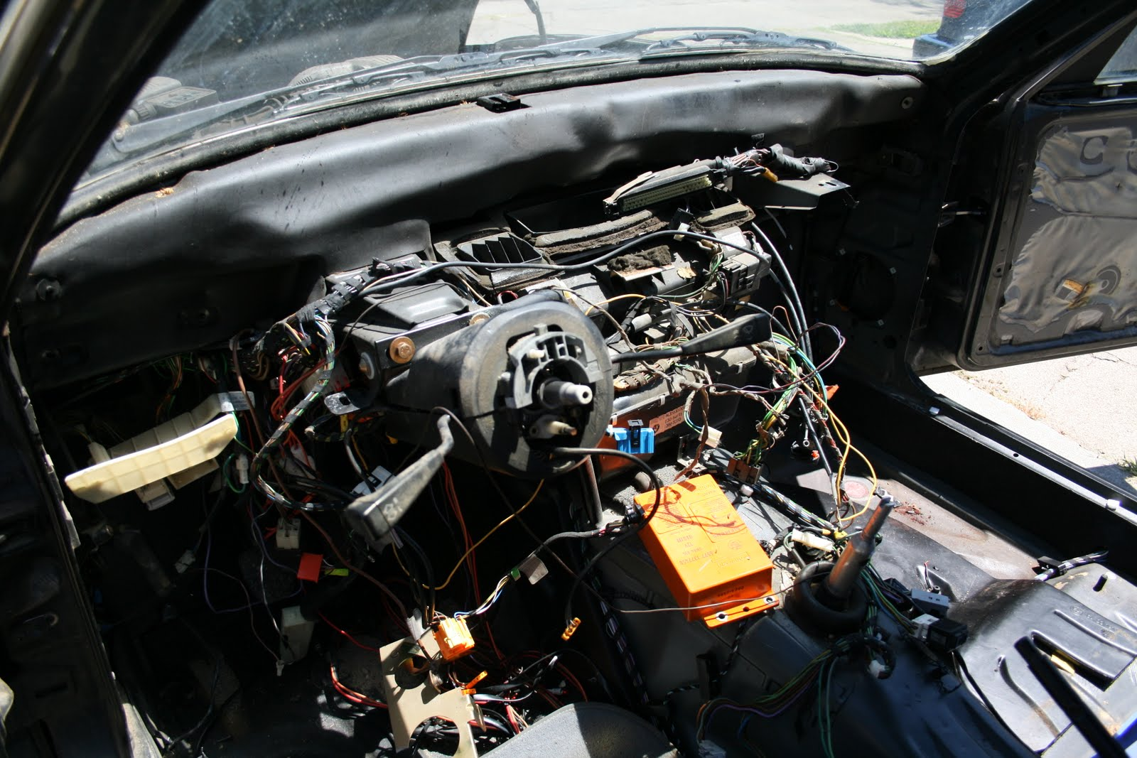 5 Lug E30 Obdi M52 Bmw L6 M6 Electrical Troubleshooting And 87car Wiring Diagram I Think We Will Pull The Airbag Column Install A Non One