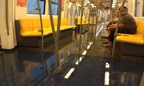 Bangkok_thunderstorm_causes_floods