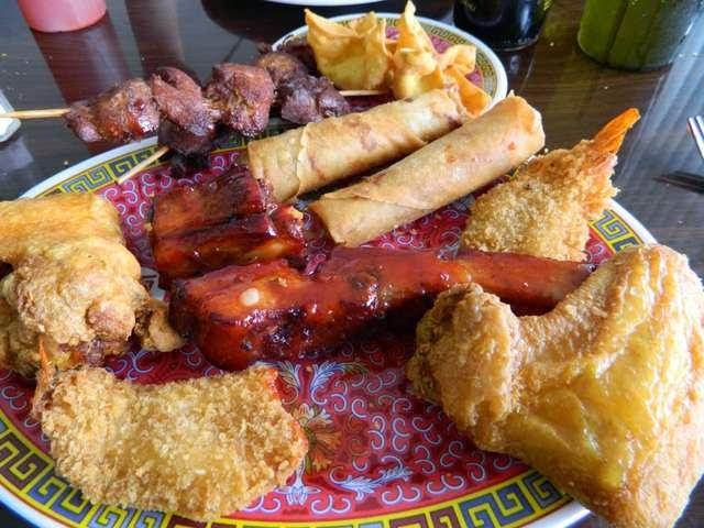 You Hate Name Pu Pu Platter You LOVE da FOOD | Poe's Pig Out