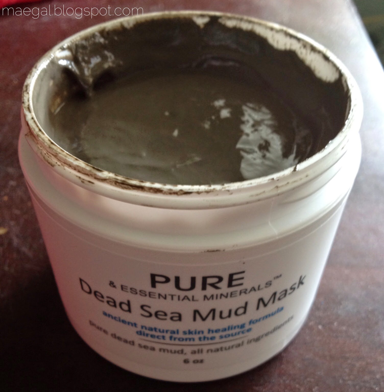 pure dead sea mud mask open | maegal.blogspot.com
