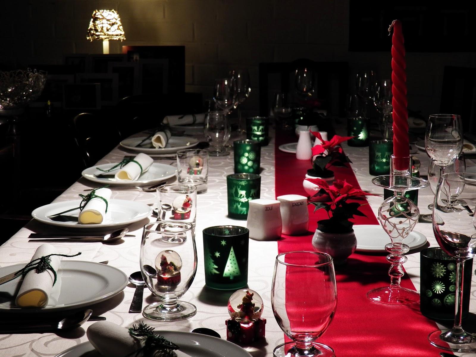 Feestdagen Kersttafel Aankleden : Creaymme: kersttafel in rood en groen