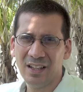 Cuban dictatorship critic Antonio Rodiles
